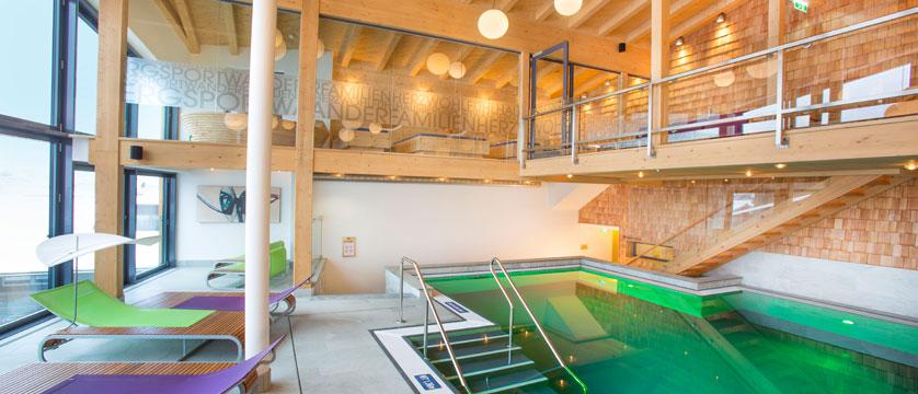 Hotel Glemmtalerhof, Hinterglemm, Austria - Spa & pool.jpg